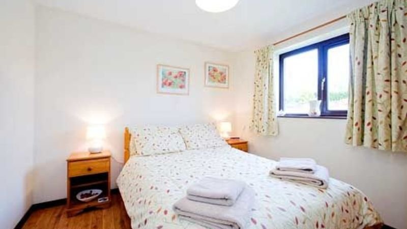 Medium crop bramblewood double bedroom