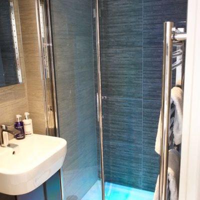 Thumb room 8 shower en suite