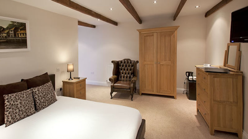 Photograph of Large Premier Double Room 7