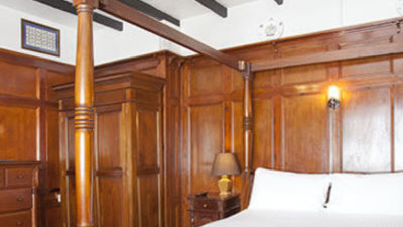 Photograph of Large Premier Double Room 14