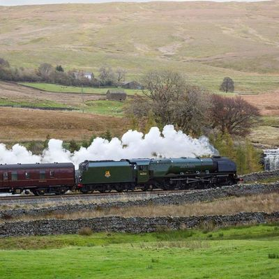 Thumb settle railway