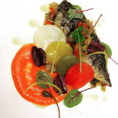 Thumb food   mackerel