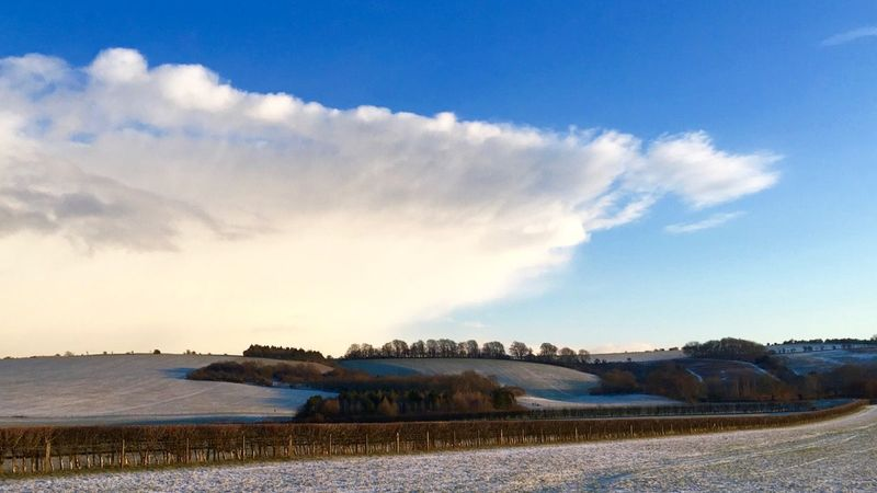 Medium crop segsbury camp snow coming
