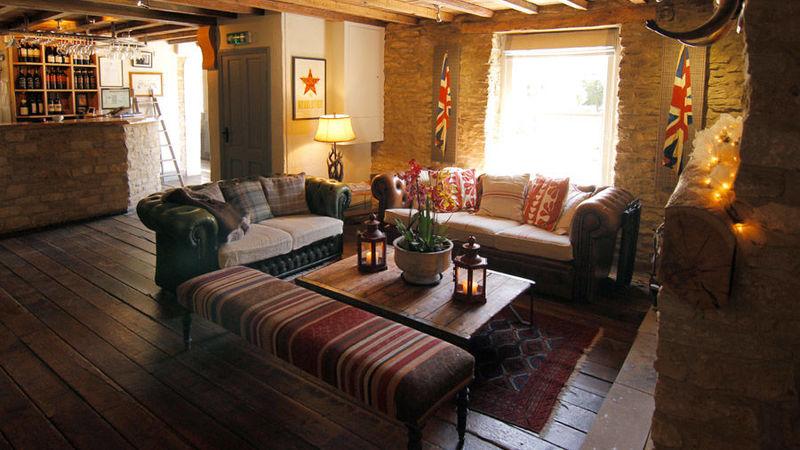 Medium crop bar sofa