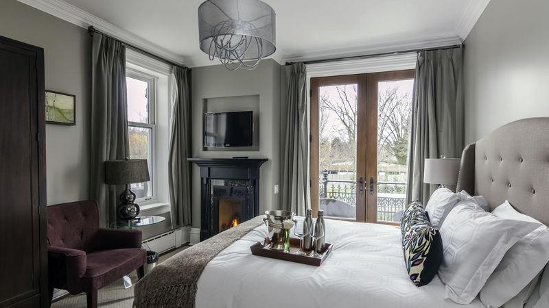 Photograph of Balcony Room 4