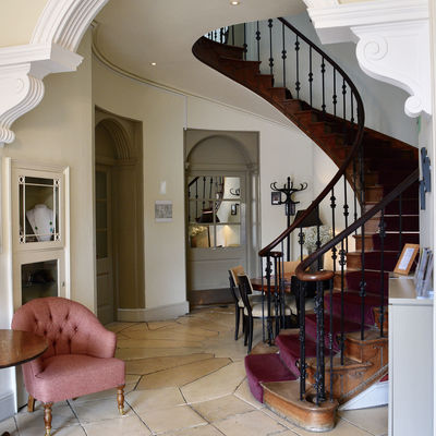 Thumb reception view of main stairs