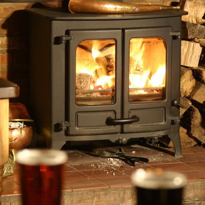 Thumb log burner winter a  2