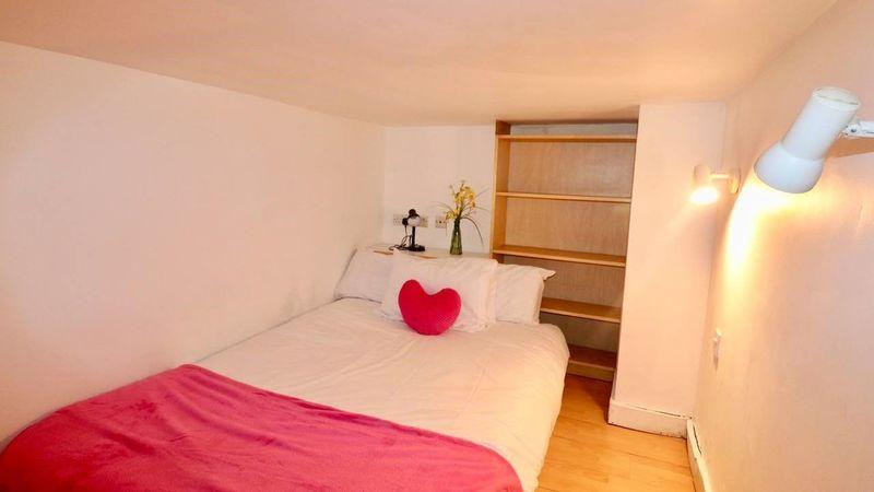 Photograph of Apartment-Apartment-Private Bathroom