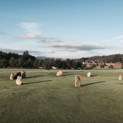 Thumb stone circle   lodge