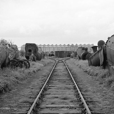 Thumb se38 the dump yard at inverurie loco works 20.8.60 733