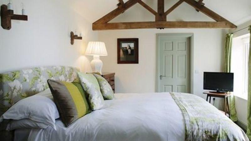 Photograph of Junior Suite-Ensuite-Lavender Cottage