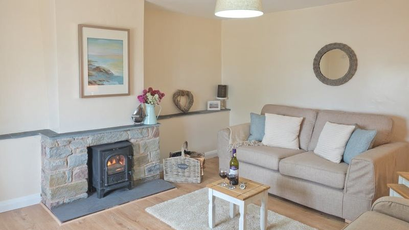 Medium crop aberporth coastal cottage living room.paq7pe
