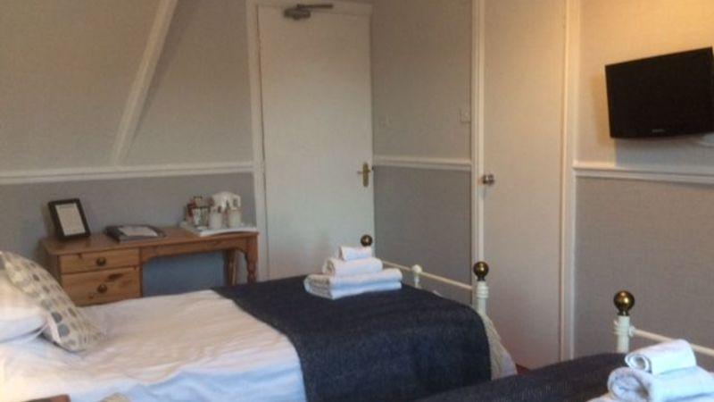 Medium crop goodwin house bed   breakfast guesthouse accomodation keswick room 5 walla crag  f
