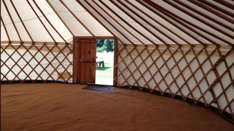 Medium crop big yurt   nothing in