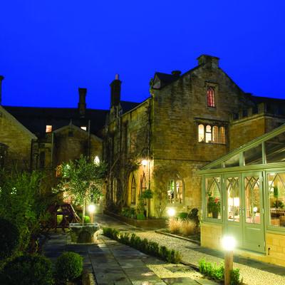 Thumb manorhouse.image1