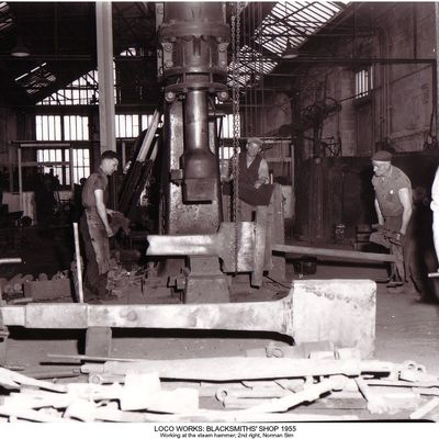 Thumb 1 1c b2 loco works blacksmiths  shop 1955