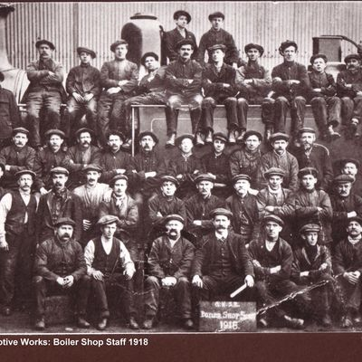 Thumb 1 1c b2 loco works boiler shop staff 1918