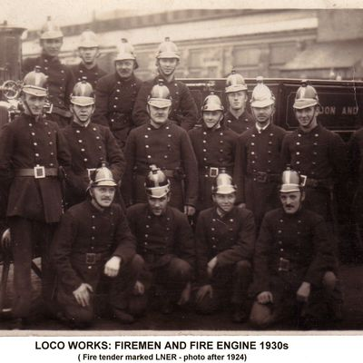 Thumb 1 1c b2 loco works fire engine and firemen 1930s