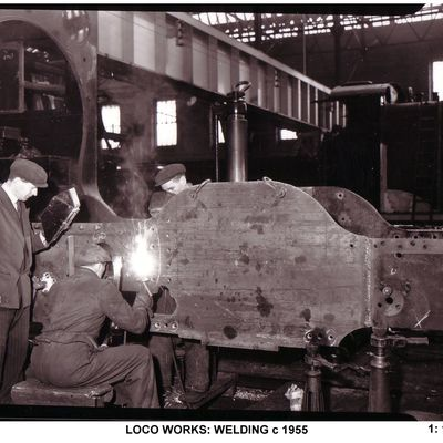 Thumb 1 1c b2 loco works welding c 1955