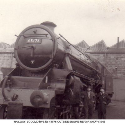 Thumb 1 1c b2 locomotive  no 4156 outside engine repair shop c1965