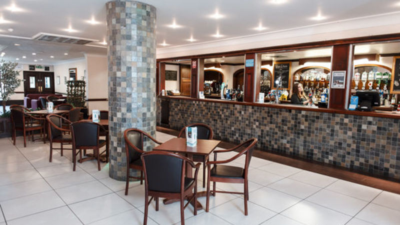 Medium crop erskine hotel 052