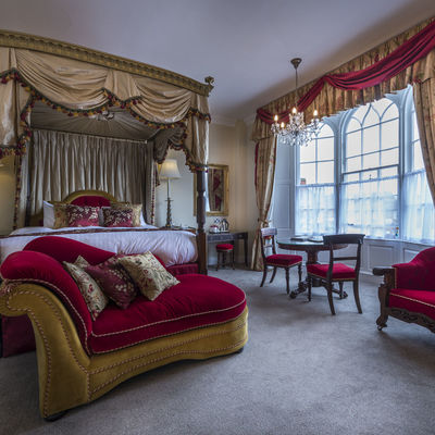Thumb four poster suite 1