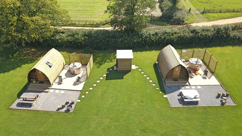 Medium crop 2x ensuite wigwams