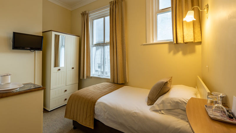 Photograph of Room 2 Single
