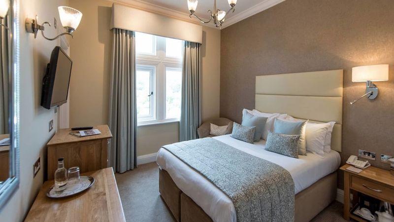 Medium crop victoria hotel sidmouth 6