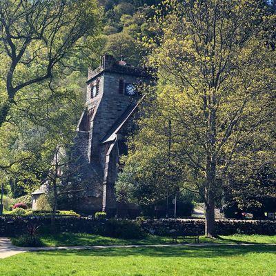 Thumb church