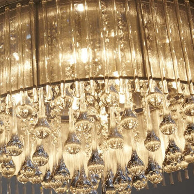Thumb chandelier coach house suite