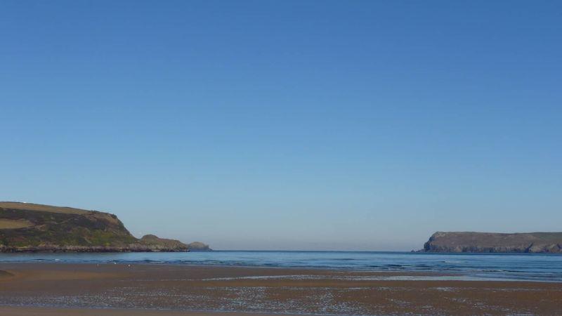 Medium crop tregirls beach