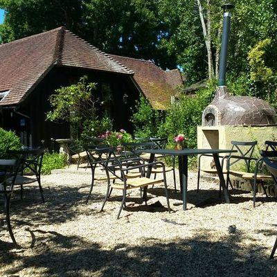 Thumb tea garden