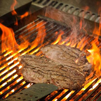 Thumb inn food grill