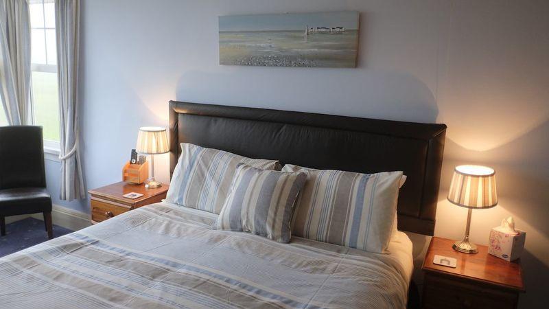 Photograph of Summerleaze (King en-suite)