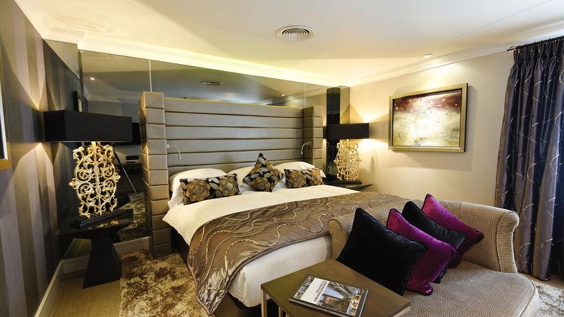 Medium crop bedroom 1