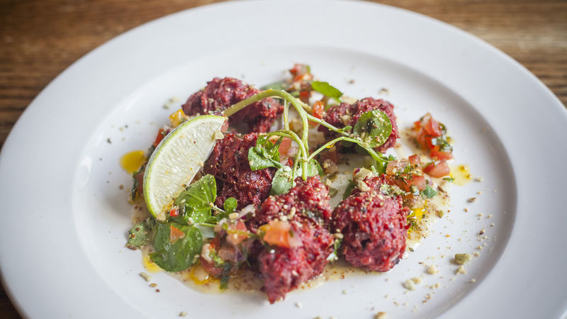 Medium crop beetroot fritters 1