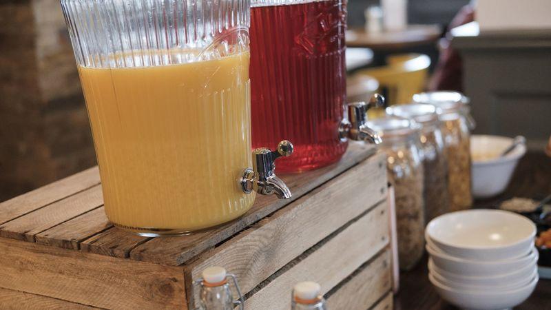 Medium crop 10 drink juice