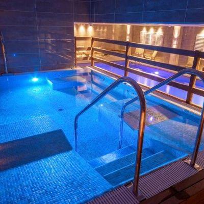 Thumb hydro and pool
