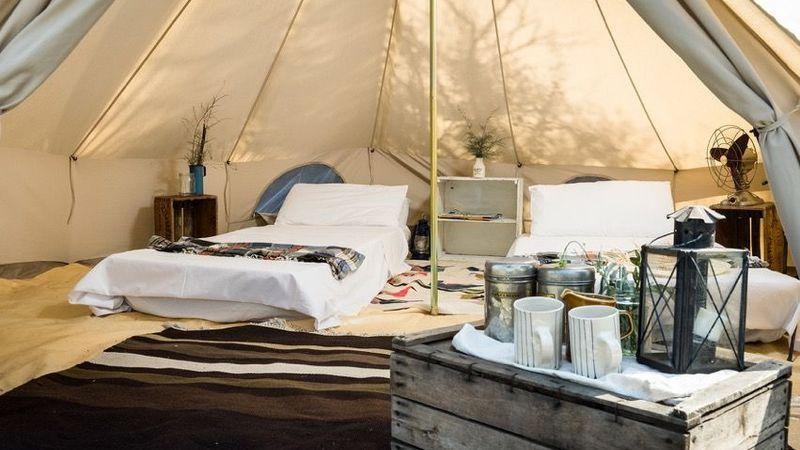 Medium crop festival tent  1