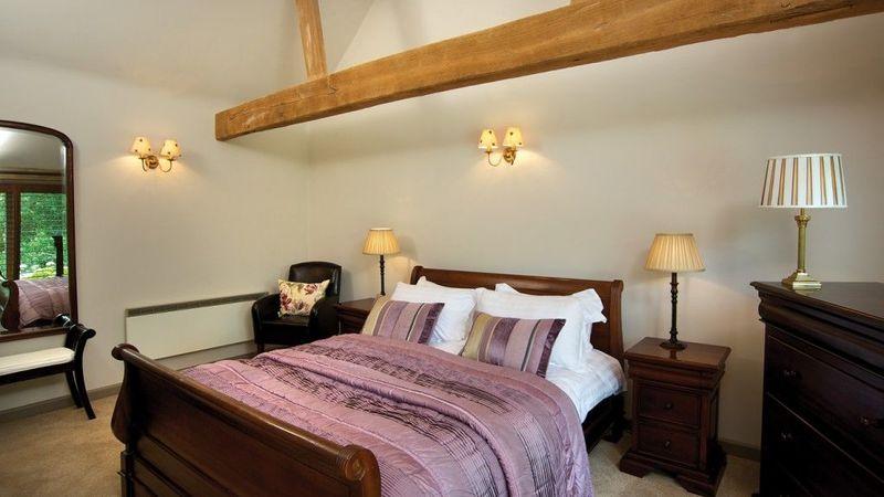 Medium crop halfway bridge guest bedroom 1024x688