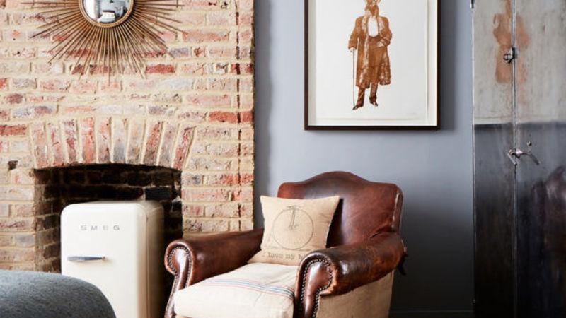 Medium crop artist residence london medium room 6 armchair 600x600