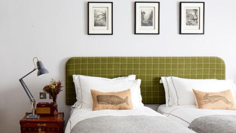 Medium crop artist residence london medium kingtwin room 8 600x600