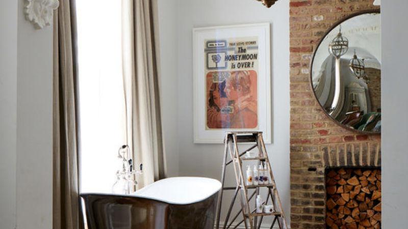 Medium crop artist residence london grand suite bathroom 1 600x600