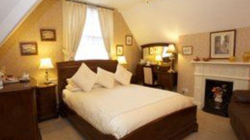 Medium crop bedroom5 sml