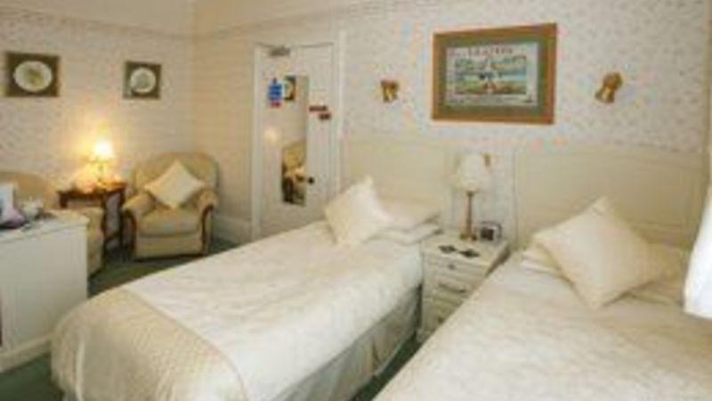Medium crop bedroom2 sml