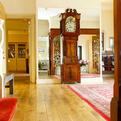 Thumb gallery interior 1