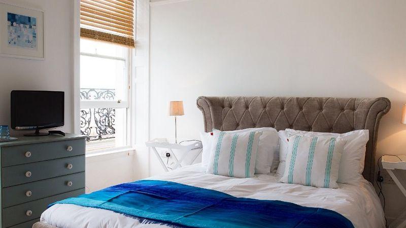 Medium crop room 3 no98 boutique hotel weymouth 825