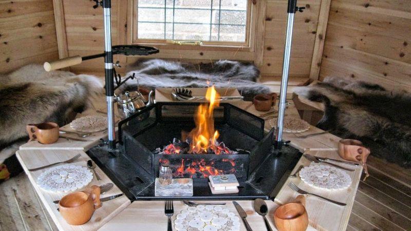 Medium crop arctic cabin grill